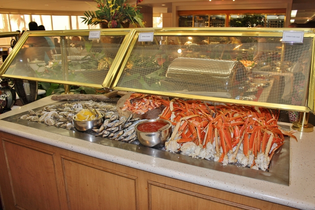 Prime Hawaiian Feast Oahu Has A Crazy Amount Of Quality Dining Download Free Architecture Designs Embacsunscenecom