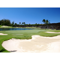 The 17th is another example of a strong par 3 at the Waikoloa Resort Beach Course.