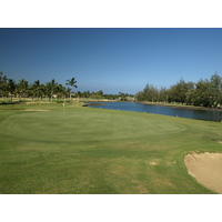 Right away, the par 3s are challenging as in the 200-yard second hole at the Waikoloa Resort Beach Course.