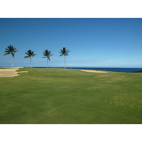 The signature par-5 seventh hole provides the best (and only) ocean view on the Waikoloa Resort Beach Course.