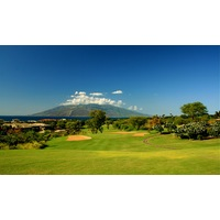 The fourth hole on Wailea Golf Club's Old Blue course is a long, downhill par 5.