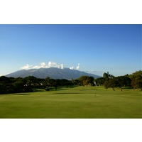 The 14th hole at Wailea Golf Club's Old Blue course is an uphill par 5.